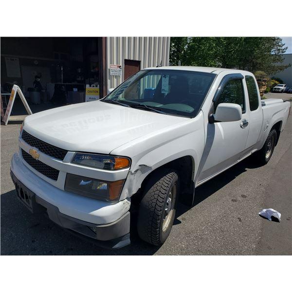2011 CHEVROLET COLORADO LT, 4DR EXT CAB PU, WHITE, VIN #1GCESCF9XB8103437