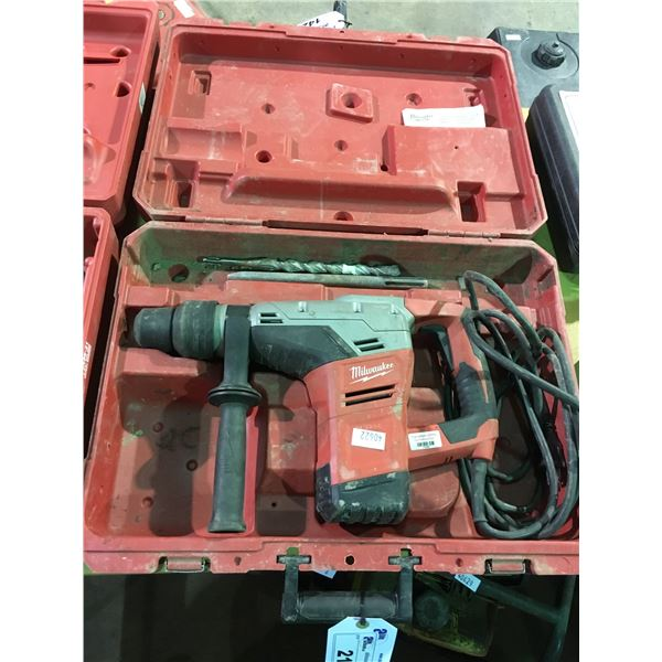 """MILWAUKEE 120V CORDED 1-9/16"""" SDS MAX ROTARY HAMMER DRILL 5317-20 WITH ASSORTED BITS AND HARD CARRY"""