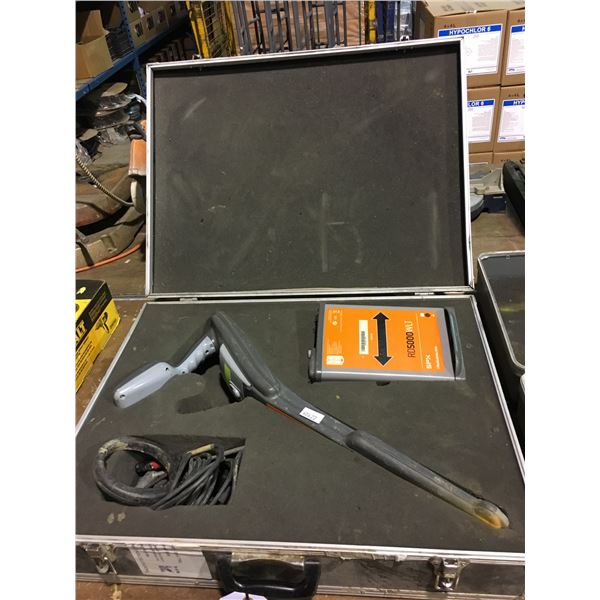 SPX RD5000 RADIO DETECTION SINGLE FREQUENCY PIPE AND CABLE LOCATOR KIT WITH HARD CARRY CASE