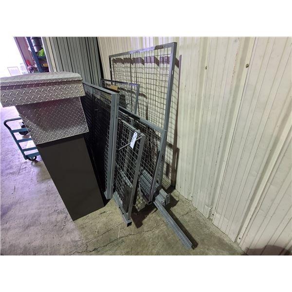 GREY INDUSTRIAL MESH METAL PRODUCT STORAGE CAGE WITH MAN DOOR