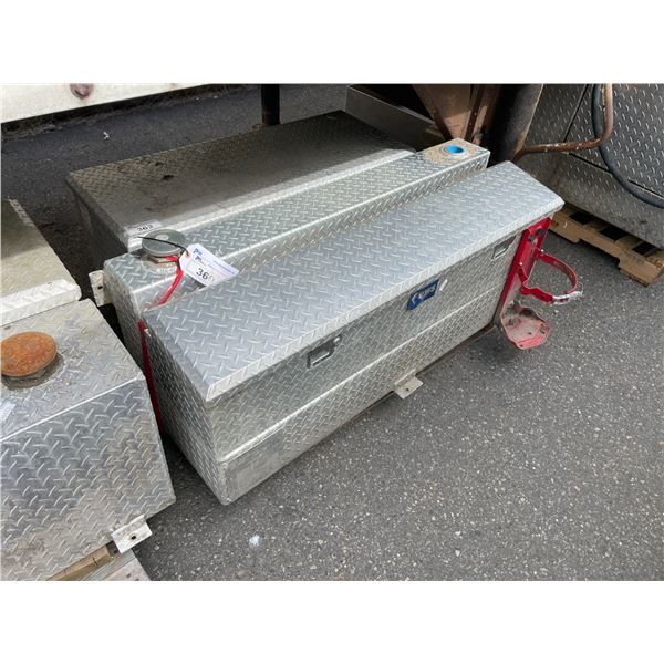 UWS STAINLESS STEEL CHECKER PLATE REFUELING TANK AND TOOLBOX COMBINATION