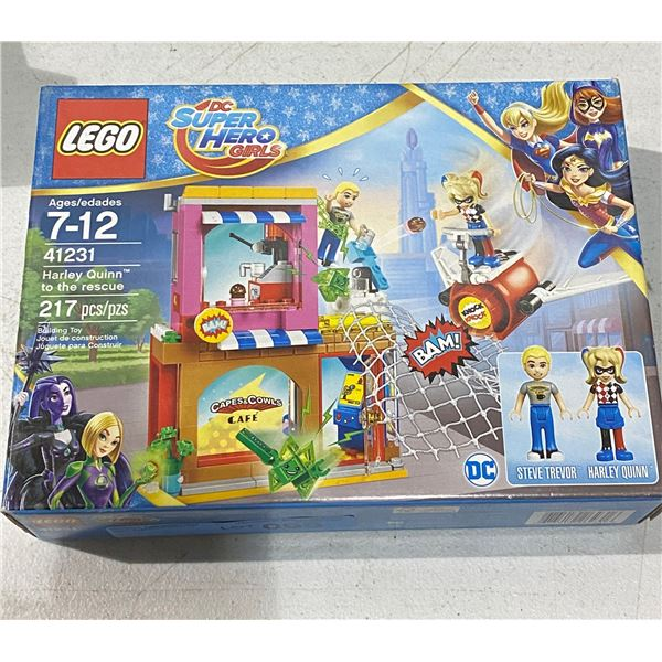 New lego 41231 Harley Quinn to the rescue