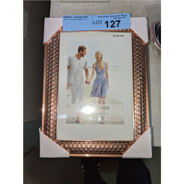 """Five picture frames - 5"""" x 7"""""""