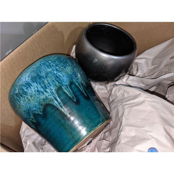 Box of assorted ceramic pots