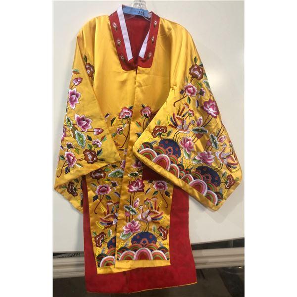 Kimono with belt