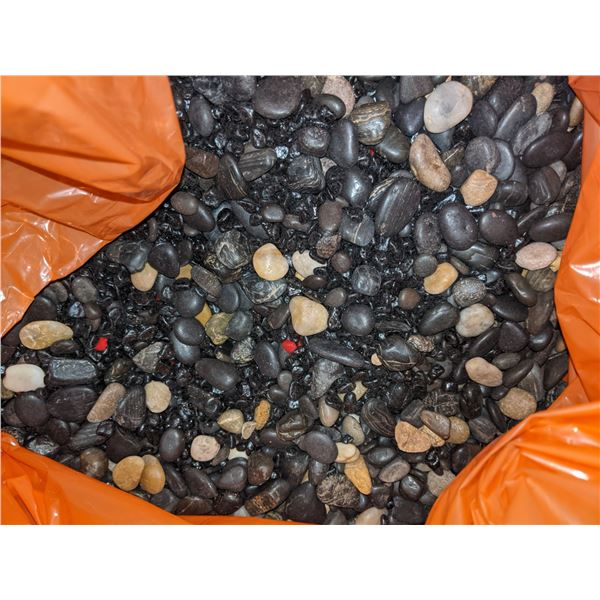 4 Boxes of Assorted Pebbles for fish tanks