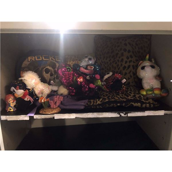 large lot of Disney stuff toys pillows and purses Beanie Babies