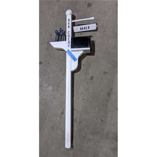 """Yard decoration from the show - small mailbox - 38"""" x 13"""""""