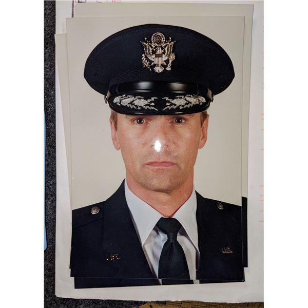 Stargate SG-1 On Set Promotional Photographs of Richard Dean Anderson
