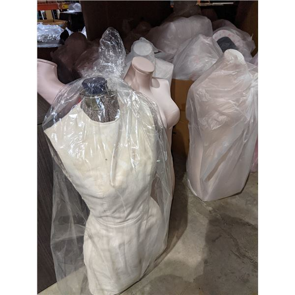 large lot of manneqins (approx. 15)