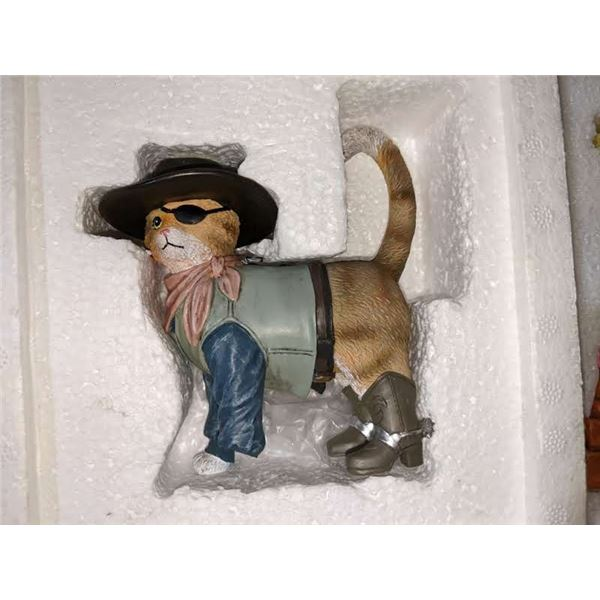 3 Fine adult collectible toys