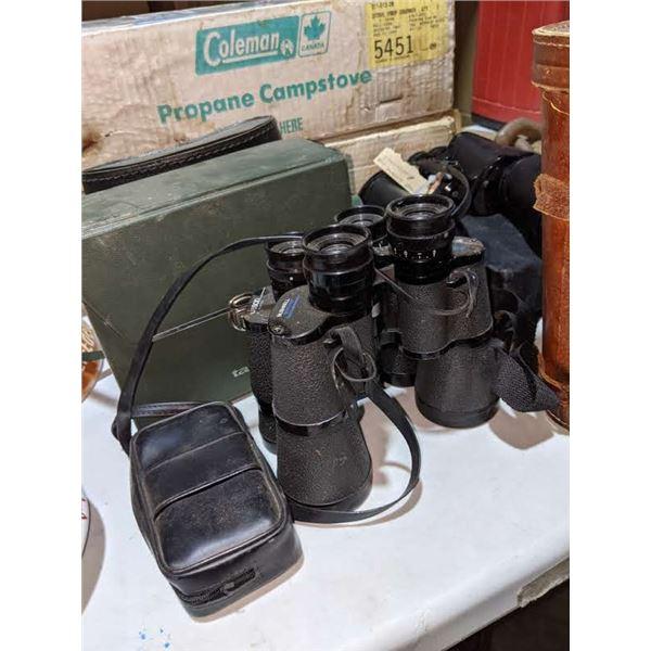 A lot of vintage binoculars (approx.