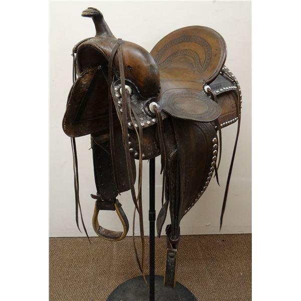 Al Furstnow 15  border tooled saddle