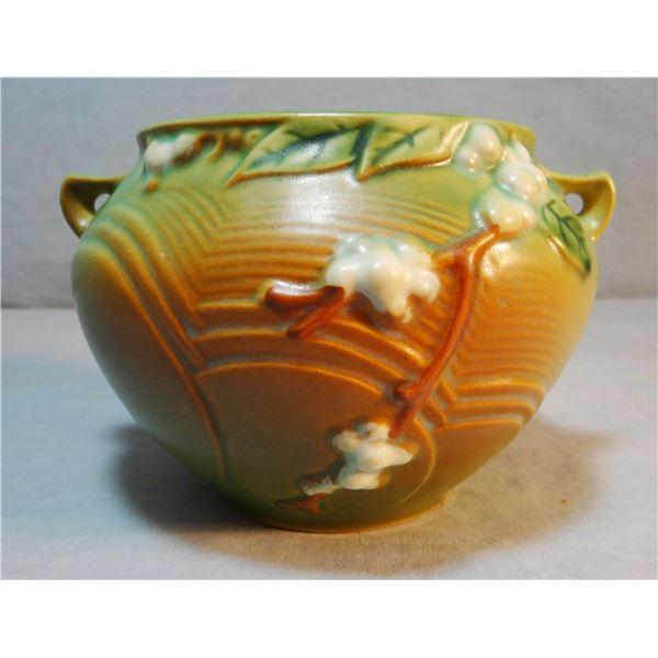 Roseville vase, Snowberry, 1J-4, brown, mint