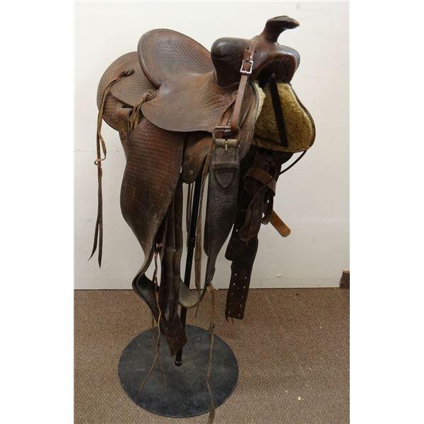 """Miles City Saddlery Coggshall 13 1/2""""  saddle,"""