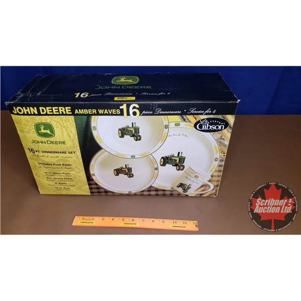John Deere 16pc Dinnerware Set (NIB)
