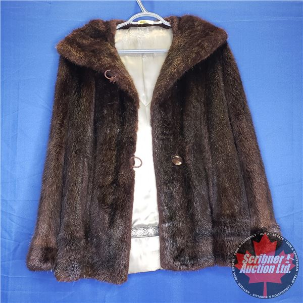 Mink Fur Coat (Ladies M ?) (Canadian Buyers Only)
