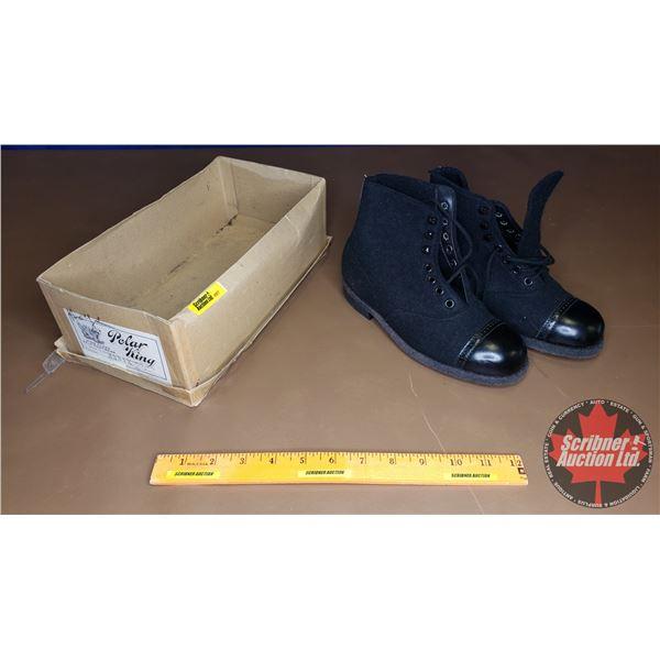 Polar King Felt Shoes (Boys Size 2) (NIB)