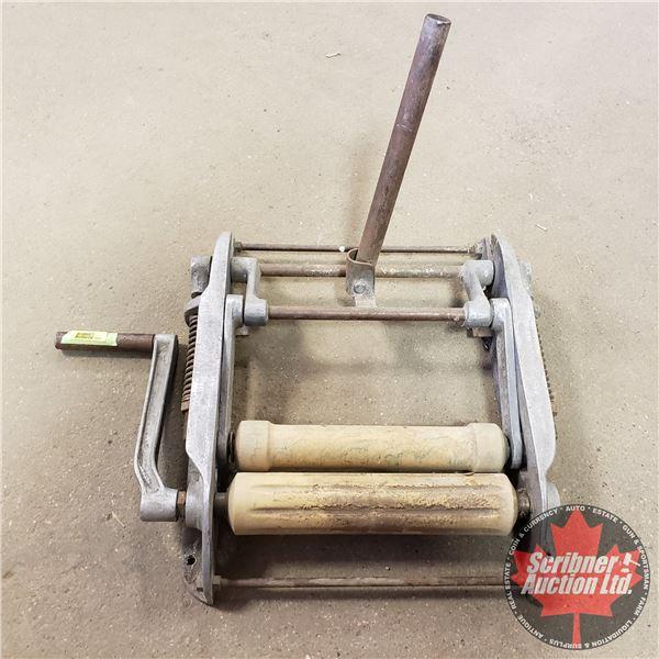 "Industrial Wringer on Alum Frame (18""L x 23""W)"