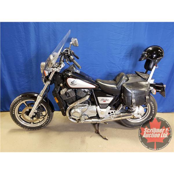 Motorcycle : 1985 Honda Shadow VT1100 w/Saddle Bag & Extra Large Helmet (33,170Kms) Last Reg. AB