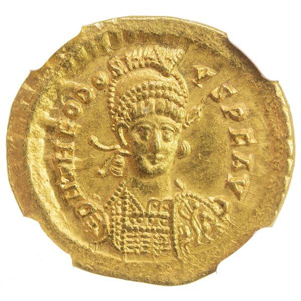ROMAN EMPIRE: Theodosius II, 402-450, AV solidus (4.44g), Constantinople, 443-450. NGC AU