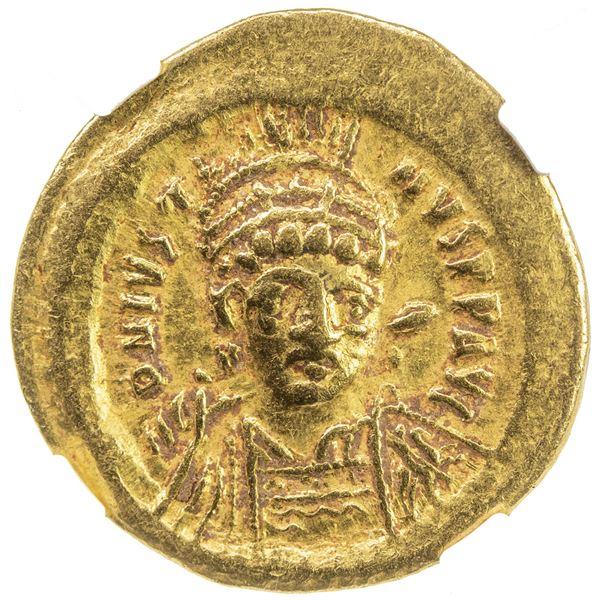 BYZANTINE EMPIRE: Justin I, 518-527, AV solidus (4.50g), Constantinople. NGC VF