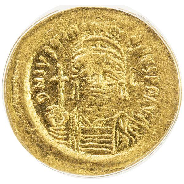BYZANTINE EMPIRE: Justinian I, 527-565, AV solidus, Constantinople. ANACS AU50