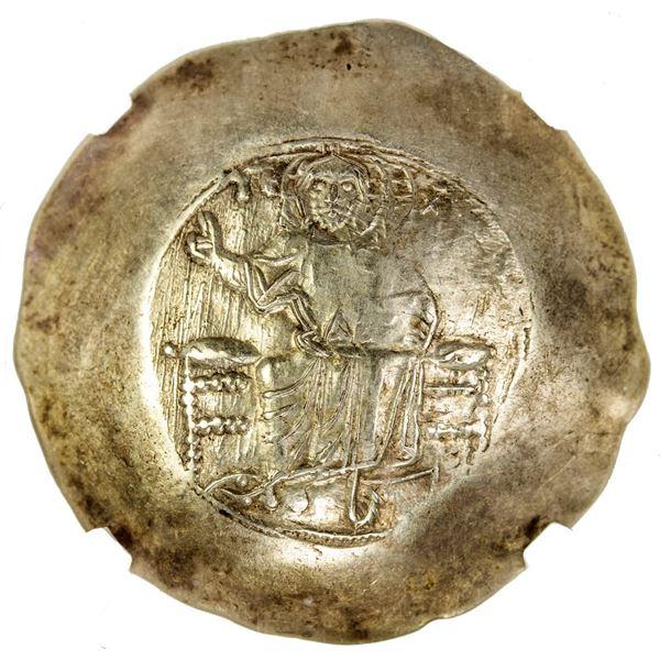 BYZANTINE EMPIRE: John II Comnenus, 1118-1143, AV hyperpyron (4.33g), Constantinople. NGC MS