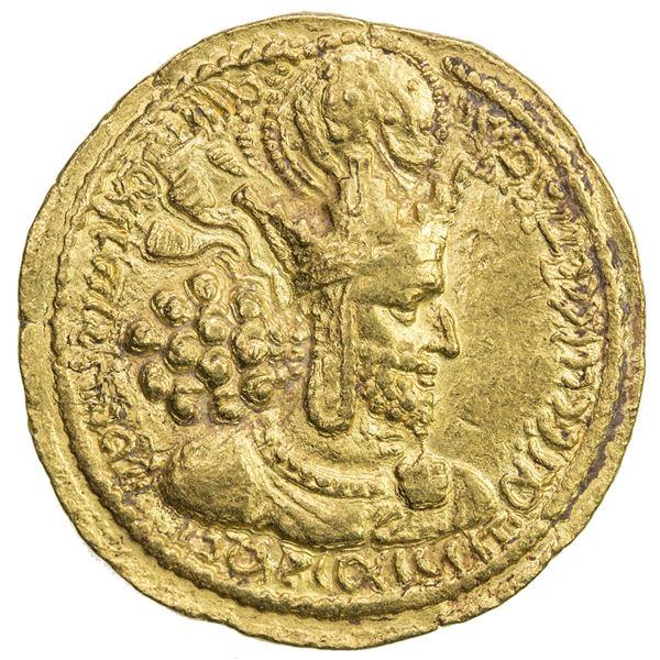 SASANIAN KINGDOM: Shahpur I, 241-272, AV dinar (7.21g). EF