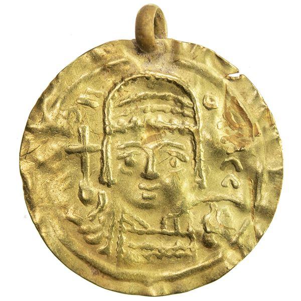 UMAYYAD/ABBASID: Anonymous, 7th/10th century, AV burial piece (0.75g). VF