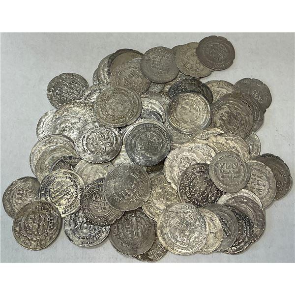 SAMANID: LOT of 90 silver dirhams, almost all of 'Abd al-Malik b. Nuh (954-961 AD)