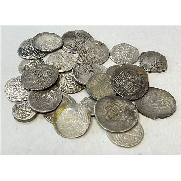 TIMURID: LOT of 26 silver coins