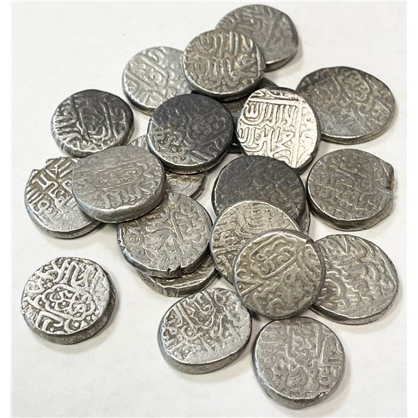 AQ QOYUNLU: Hasan, 1453-1478, LOT of 22 silver tankas of type A-2512, all from the mint of Ani