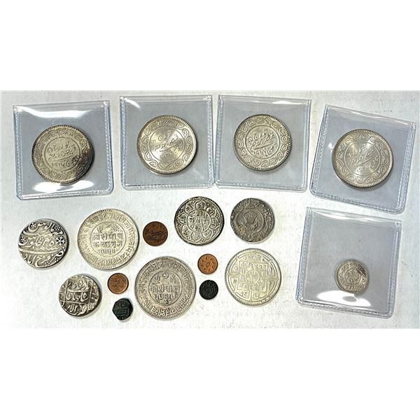 INDIA: LOT of 12 silver and 5 tiny coppers