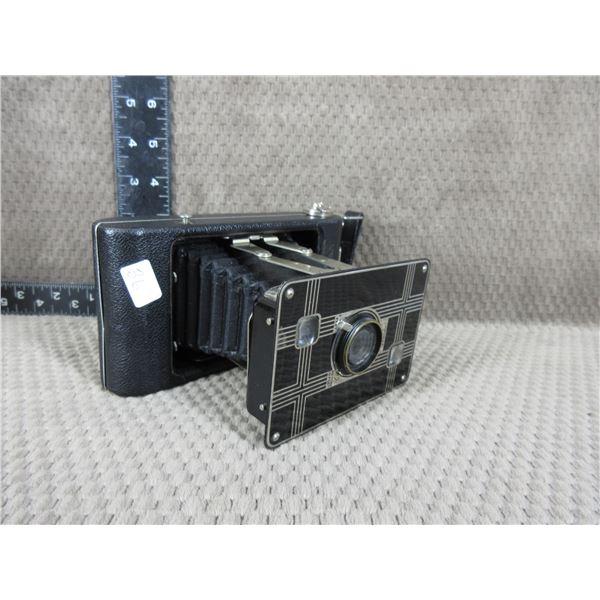 Jiffy Kodak SIX-20 with Twindar Lens