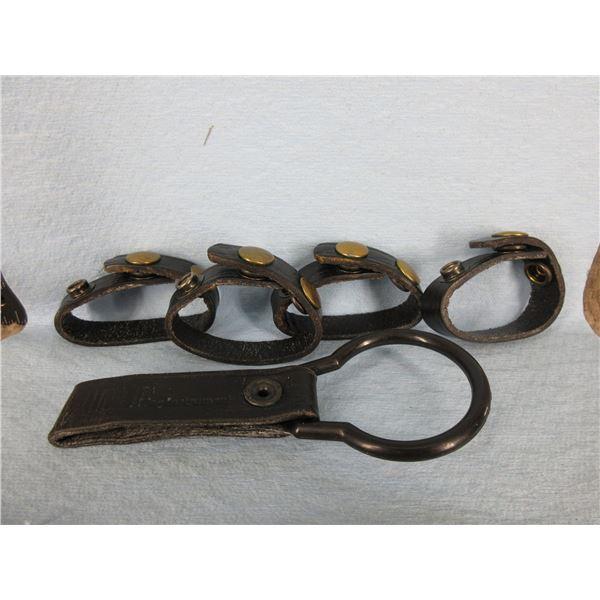 Flashlight belt Holder & 4 Belt Keepers