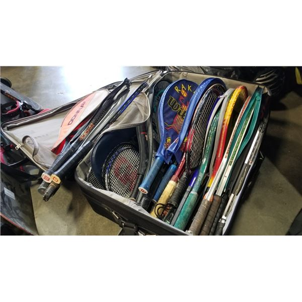Suitcase of rackets