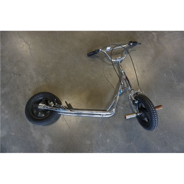 SYSTEM P12 SCOOTER