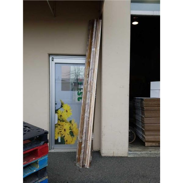 Large bundle of 10-foot gold picture molding