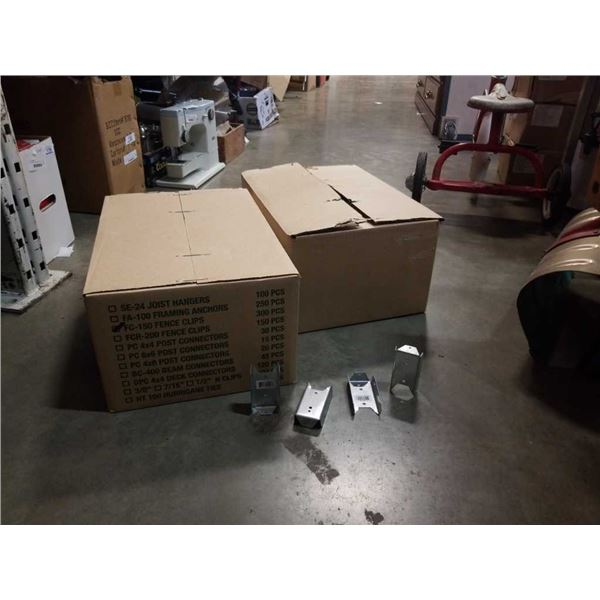 2 BOXES OF TIMBER LOK FENCE CLIPS - 600 PIECES