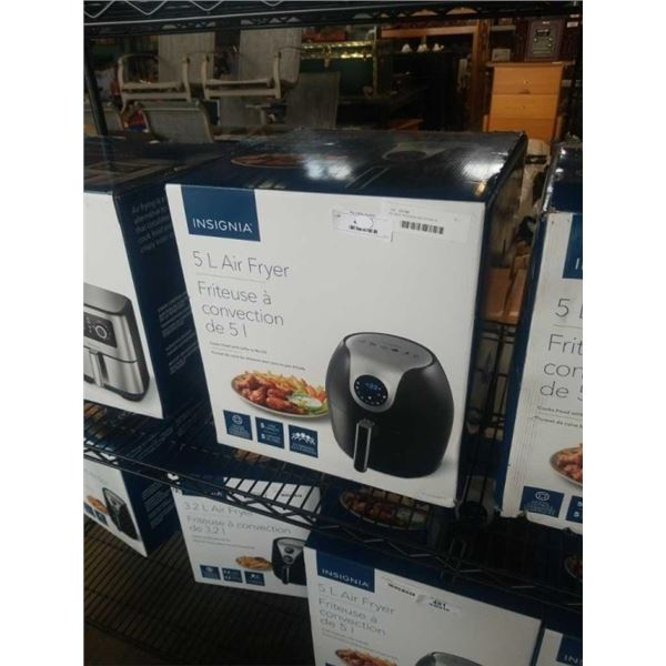 AS NEW INSIGNIA AIR FRYER 5L