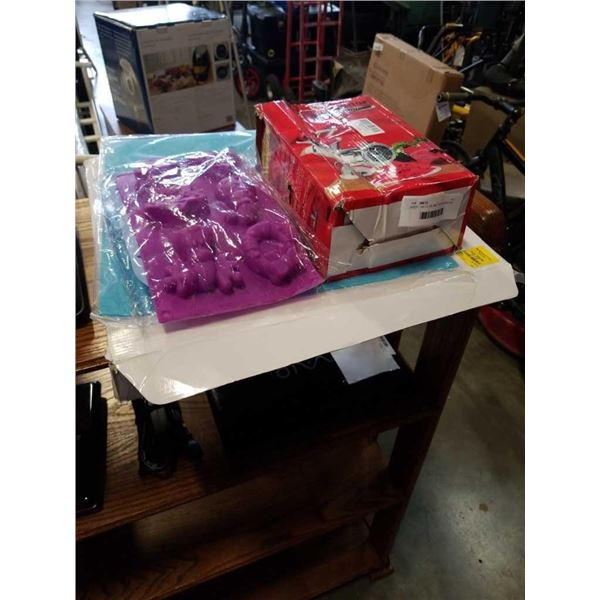 ASEPT AIR FILTER, MEAT GRINDER AND ICE MOLDS