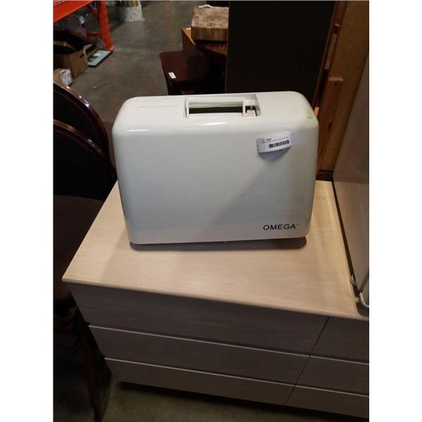 OMEGA 386 XOM SEWING MACHINE