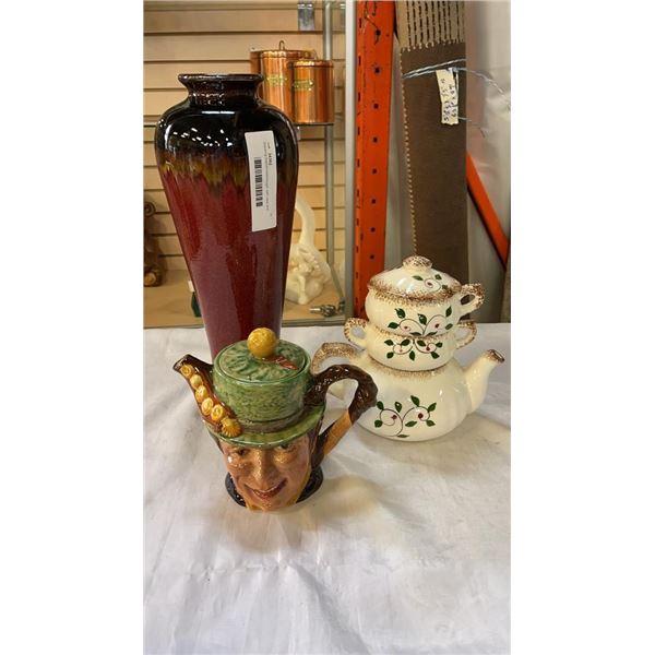 Stacking teapot/cream/sugar with vase and english mug
