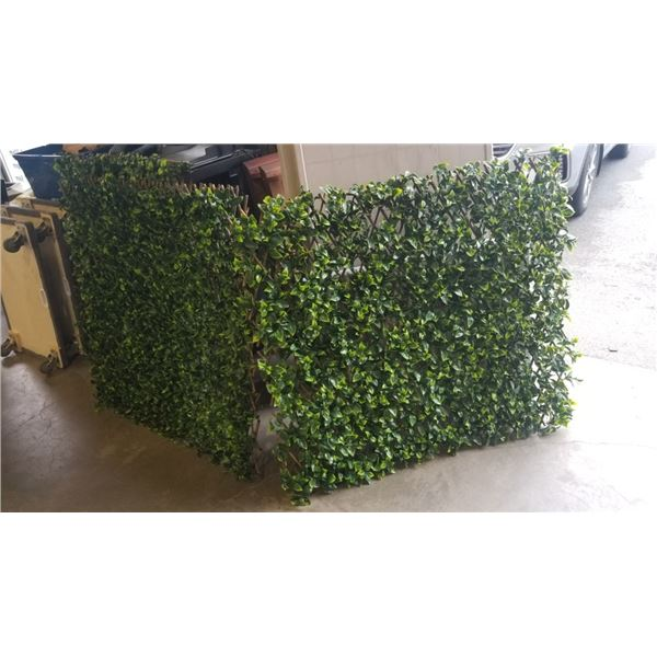 3 BAMBOO PATIO DIVIDERS - ARTIFICIAL LEAVES