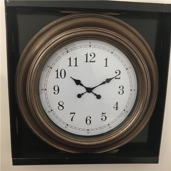 New large wall clock