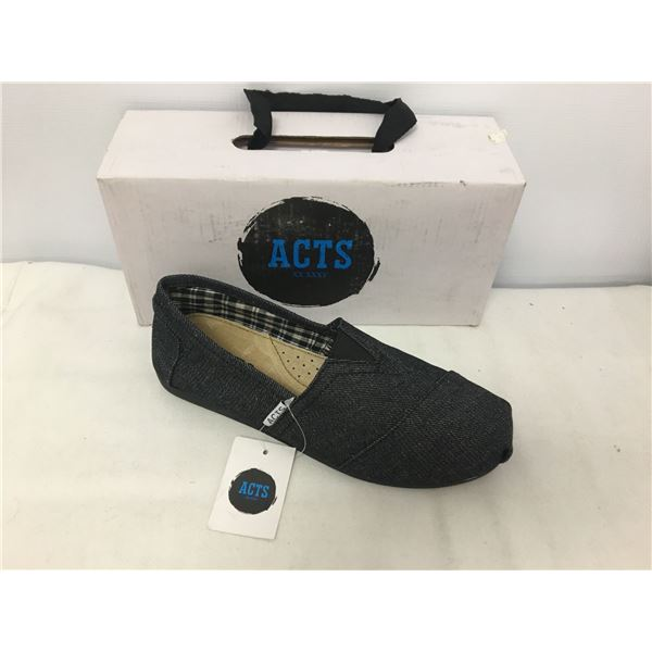 Acts ladies shoes 7.5