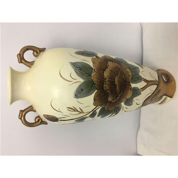 NEW lg vase 2ft gold