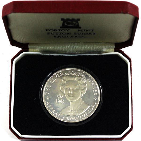 """1977 The Silver Jubilee Sterling Silver Appeal Crown medal """"To Help Young People Help Others"""" Minted"""