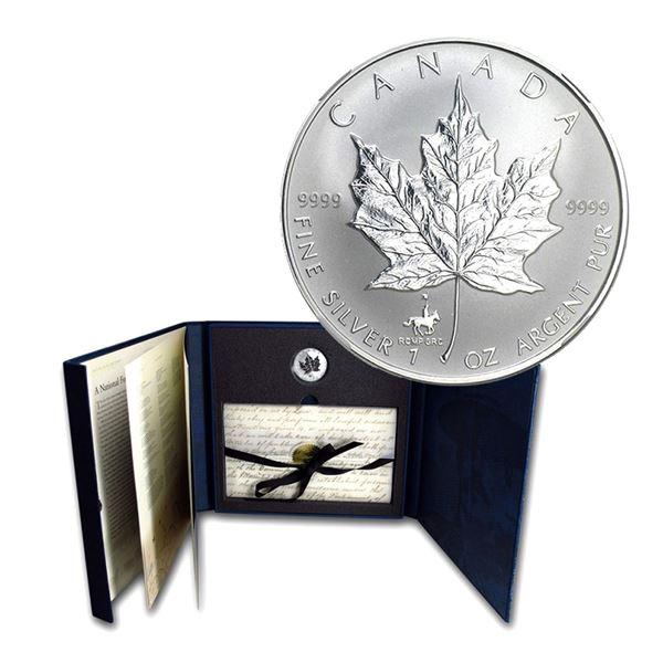 1998 Canada $5 RCMP Privy Fine Silver Maple Leaf Set . TAX Exempt